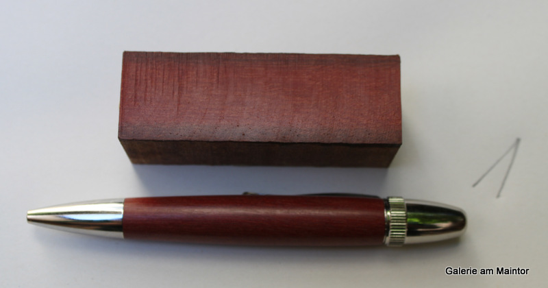 Kugelsschreiber Patriot  mit Griffschalen aus  Bolle Tree